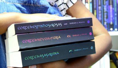 Série Corte de Espinhos e Rosas, de Sarah J. Maas